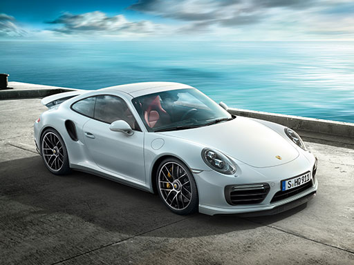 Kraft der Präsenz. Der neue 911 Turbo.